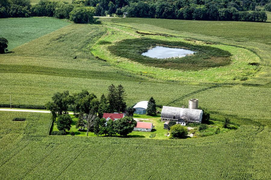 Vista de granja desde drone