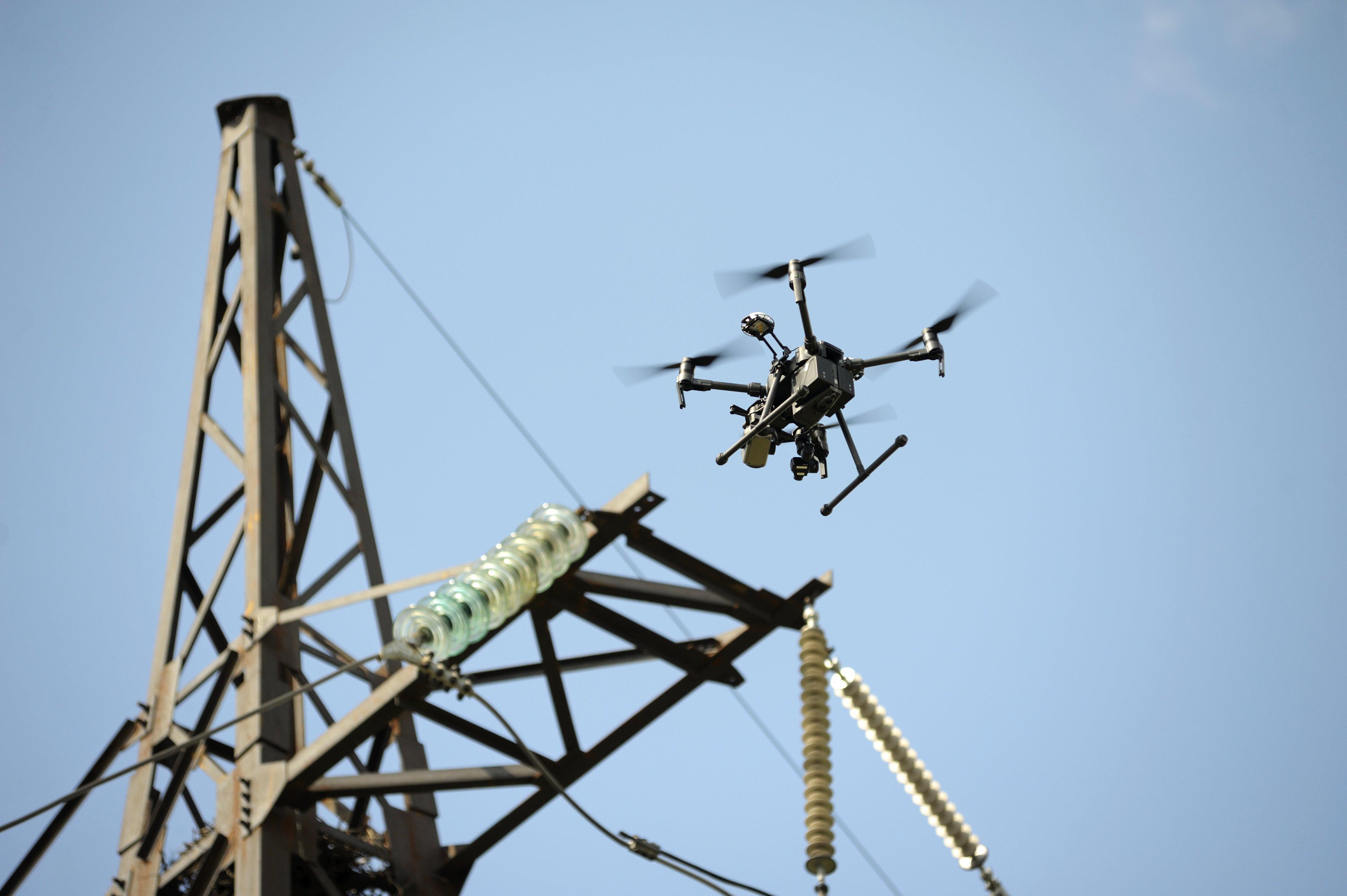 Drone en inspección industrial